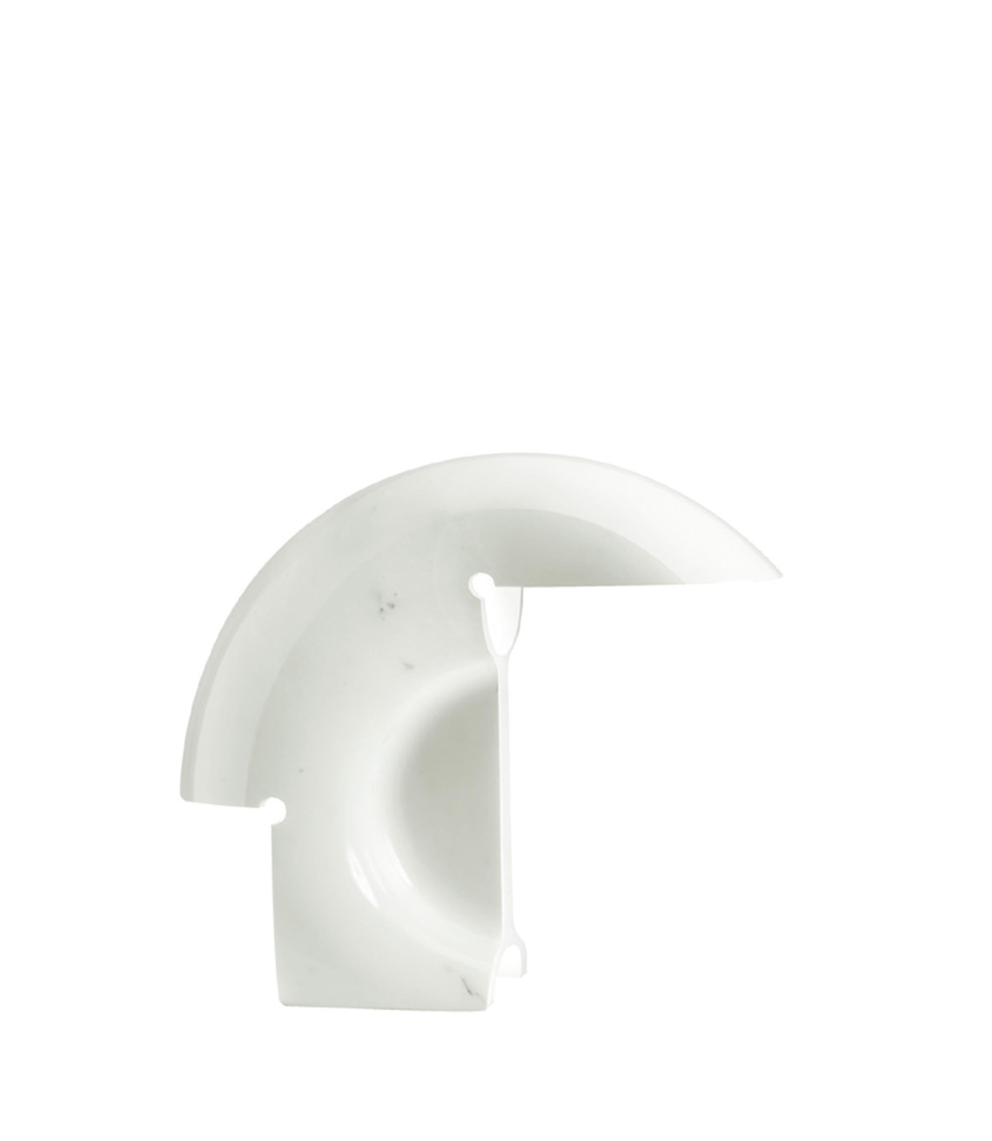 Biagio table scarpa flos F070000 product still life big 3